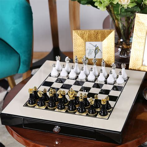 Best Quality Gamis Desy Collection 360000 chess set top quality mental wooden chess chessman