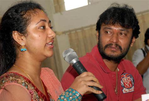 not again split between darshan wife vijayalakshmi daijiworld