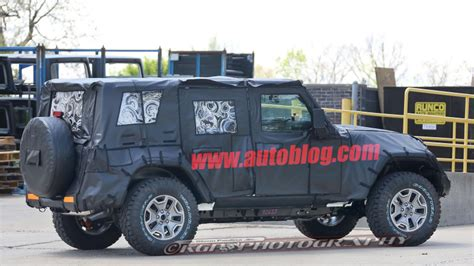 jeep wrangler ecodiesel next jeep wrangler spotted with 8 speed and ecodiesel