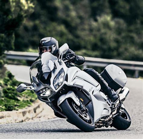 48 Ps Motorrad Wheelie by Wie Assistenzsysteme Endlich Im Motorrad Ankommen Welt