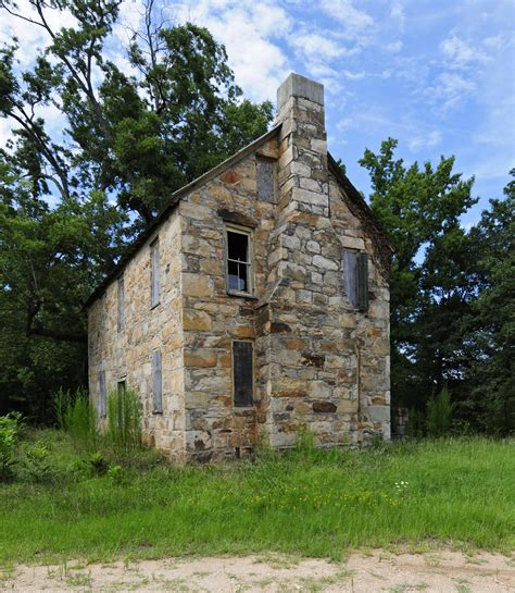 old stone house file old stone house exterior jpg wikimedia commons