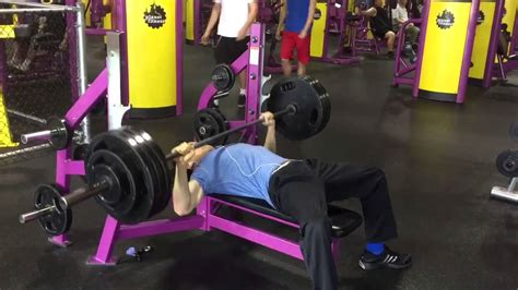 planet fitness paused bench press 2 25 15 385 paused at