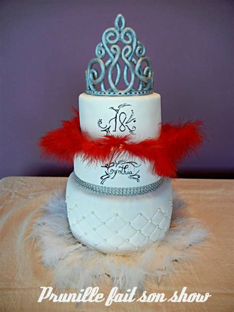 wedding cake de princesse glam and chic et plumes prunille fait show