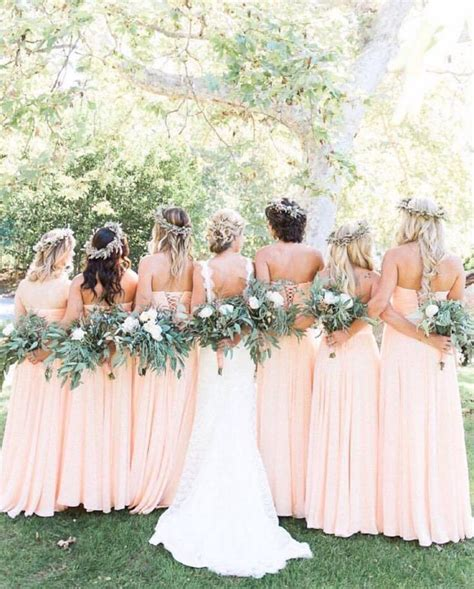 Wedding Flowers For And Bridesmaid by 25 Best Ideas About Bridesmaid Dresses On