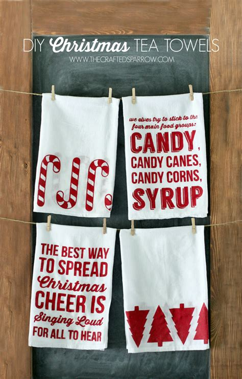 Kitchen Towel Craft Ideas by Diy Christmas Tea Towels