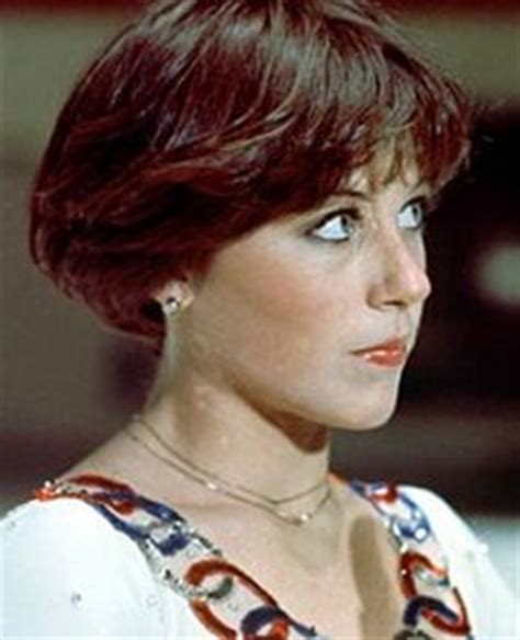 wedge stacked haircut in 80 s dorthy hamil dorothy hamill wedge haircut best hairstyle in athletics
