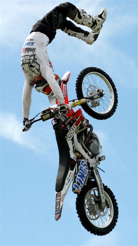 freestyle motocross riders wallpaper motocross fmx rider freestyle sport 11210