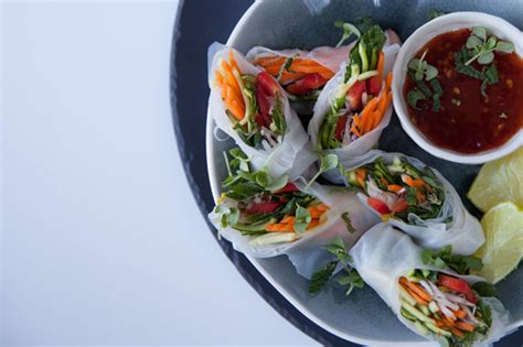 How To Make Vegetarian Rice Paper Rolls - canap 233 ideas minty vegetable and rice paper rolls