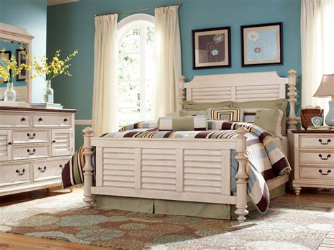 White Distressed Bedroom Furniturehavertys Southport White Distressed Bedroom Furniture
