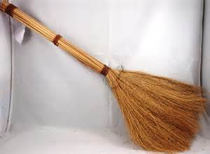 Darice natural straw broom 24 inches