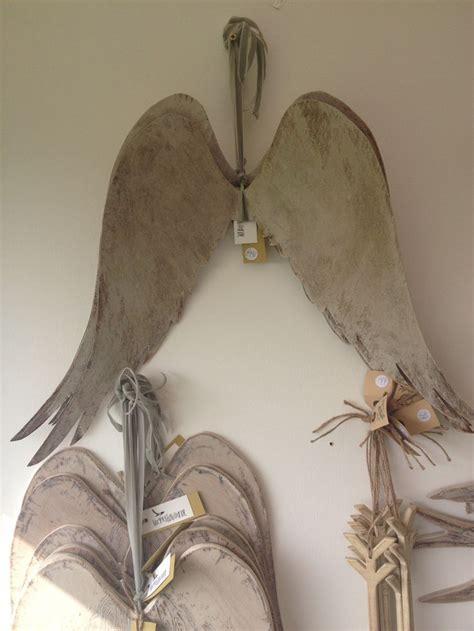 Gisele Hangs Up Wings by 132 Best Seraphim Images On Wings