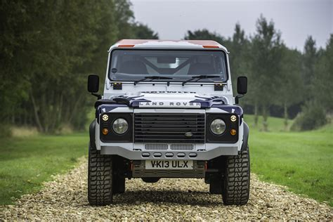 defender land rover road the gallery for gt land rover defender road wallpaper