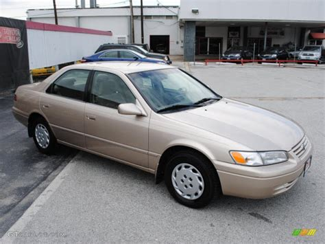 1997 Toyota Camry Pictures Beige Metallic 1997 Toyota Camry Le Exterior