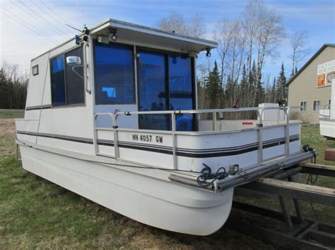 grant lil boat 26 lil hobo pontoon houseboat with two 25 hp motors