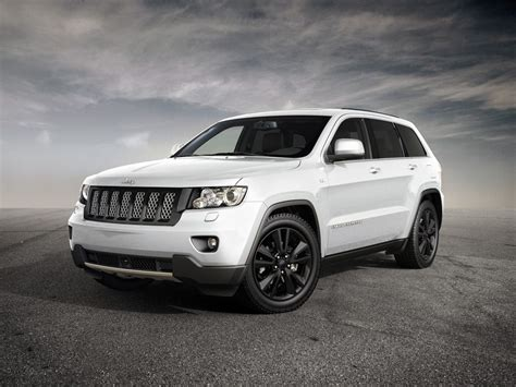 jeep sports car concept jeep grand cherokee sports concept coming to geneva
