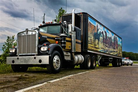 best kenworth truck east bound and down kw the best trucks on the road 1974