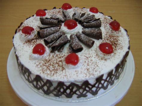 membuat kue ulang tahun pernikahan resep membuat kue tart ulang tahun black forest sendiri