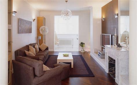 wohnzimmer 18qm дизайн гостиной с камином фото интерьера маленькой