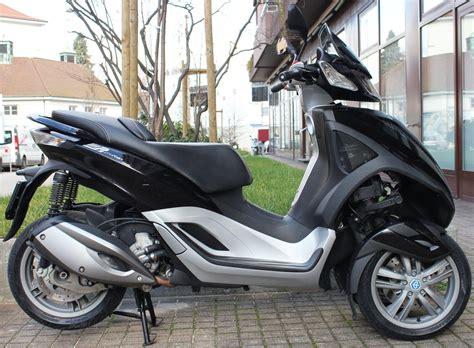 3 Rad Motorrad Gebraucht Kaufen by 3 Rad Roller Piaggio Motorrad Bild Idee