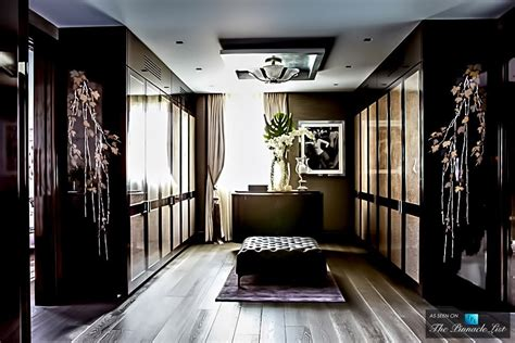 Luxurious Closet by 10 Beautiful And Luxurious Closet Designs Top Home Designs
