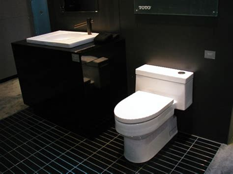 the toilet design trends and high efficient toilets