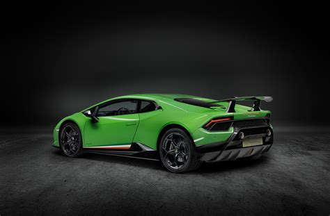 The New Lamborghini Huracán The New Lamborghini Hurac 225 N Performante Lamborghini