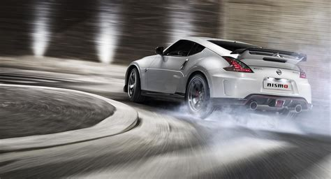 nissan 370z drift wallpaper nissan nismo 370z drifting hd wallpaper nissan