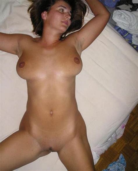 young-naked-brunette-perfect-real-pussy-virgin