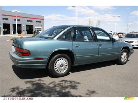 1993 buick regal 1993 buick regal custom sedan in light sapphire blue