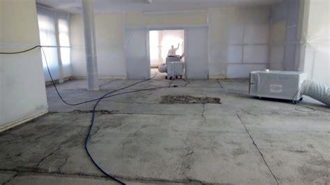 rimozione piastrelle pavimento 187 pavimento amianto