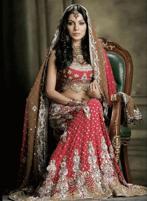 Dress Design Dulhan | latest and new dulhan dresses designs naina jee