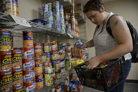 New Food Pantry by Daily Hungry To Help Siu S New Food Pantry