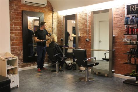 Hair Dressers In Manchester by Hairstylists Acdc