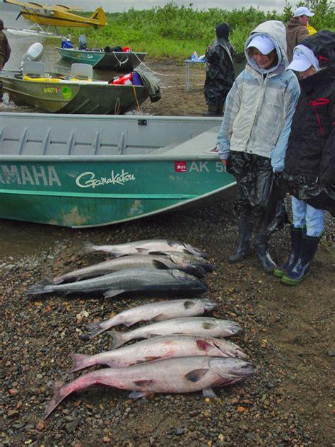 fish cing tent boat king salmon guide c on the nushagak river alaska s
