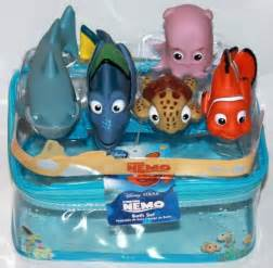 nemo bathroom set finding nemo characters