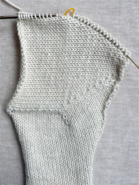 p2tog tbl in knitting baby bonnet purl soho