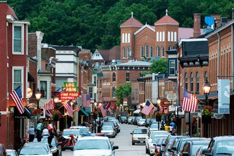 most charming towns in america 18 of the most charming small towns across america ski