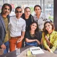 provil artis populer tanah air konsert mega raya oasis piazza bersama artis artis popular