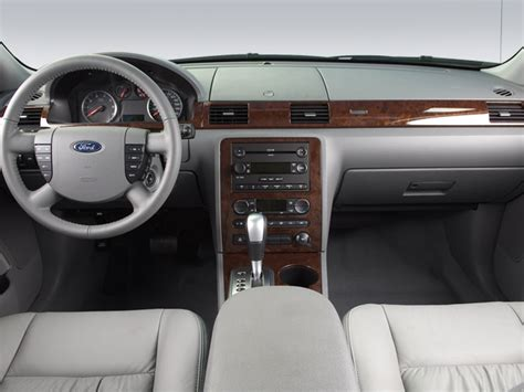 Ford 500 Interior by 2007 Ford Five Hundred Sel Sedan Interior Photos
