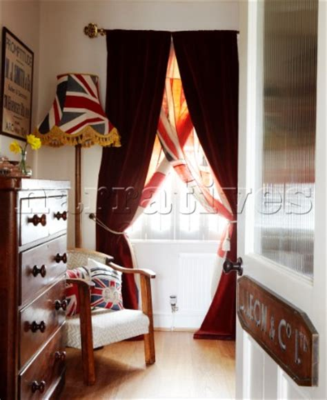 union jack bedroom curtains bd080 19 union jack bedroom detail with velvet curtai