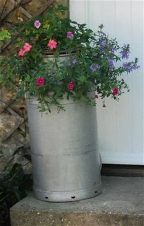Milk Can Planter by 1000 Images About Cans On Milk Cans