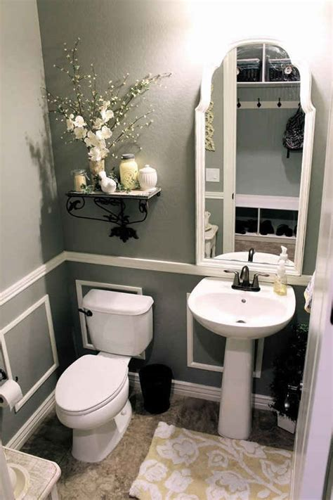 half bath with 2 tone paint for the home pinterest decoraci 243 n de ba 241 os peque 241 os 161 mas de 90 fotos de dise 241 os