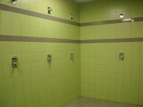 spogliatoi maschili docce 50 docce spogliatoi jpg