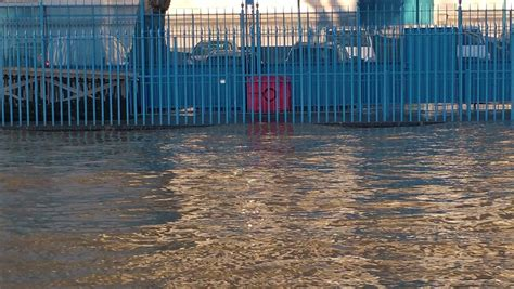 thames barrier burst london flood alerts issued and thames barrier shut after