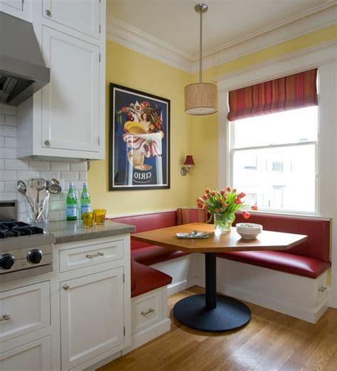 gemütliche sessel wohnzimmer wandfarbe grau