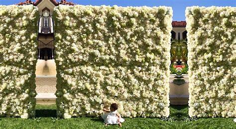 flower wall kim kardashian wedding kim kardashian and kanye west wedding the royale