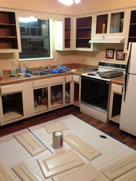 tips on painting kitchen cabinets ltplob tips on painting kitchen cabinets crafty ideas