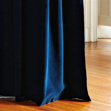 Blue Velvet Curtains Best 25 Navy Blue Curtains Ideas On Navy Curtains Bedroom Navy Master Bedroom And