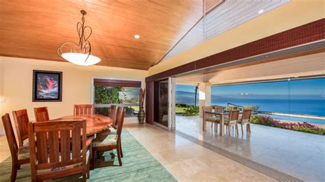 terry bradshaw house nfl legend terry bradshaw sells hawaiian estate for 2 7 million celebrity net worth