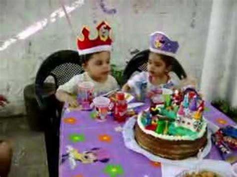 imagenes graciosas de cumpleaños de gemelos mellizos de cumplea 241 os youtube